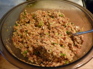 To prepare the quinoa cakes: Add salmon, eggs, breadcrumbs, scallions, chopped dill, lemon zest and pepper to the quinoa.