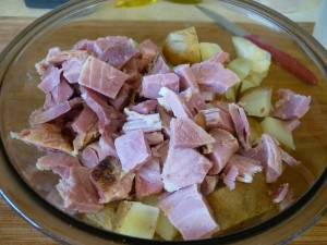 "Dice cooked ham into 1"" to make four cups. Mix with potatoes."